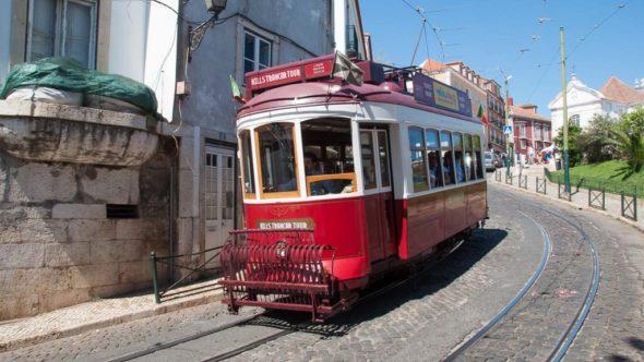 Hills Tramcar Tour Lissabon