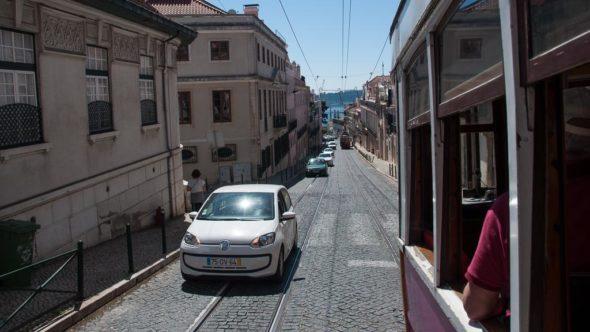 Straßenbahn Linie 25 in Lissabon