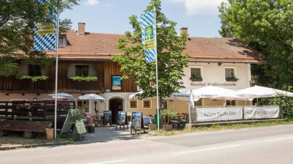 Motorrad Treffpunkt am Chiemsee: Gasthof Kupferschmiede