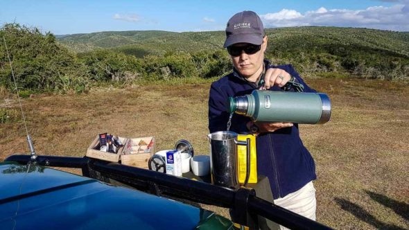 Pause mit Snacks während Safari im Kariega Game Reserve