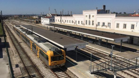 Bahnhof Encontramento