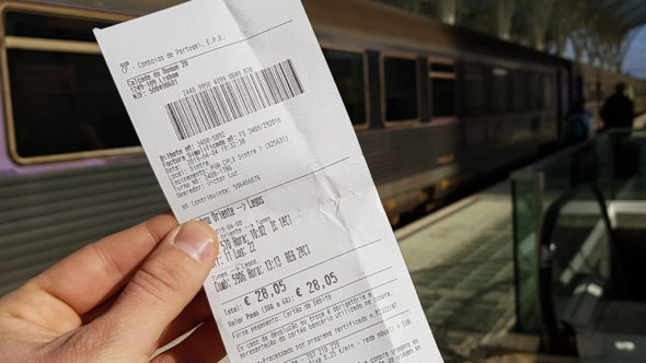 Fahrschein für den Zug in Portugal