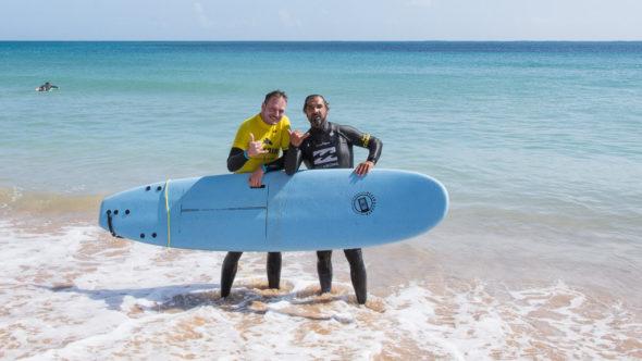 Surfen ausprobieren an der Algarve
