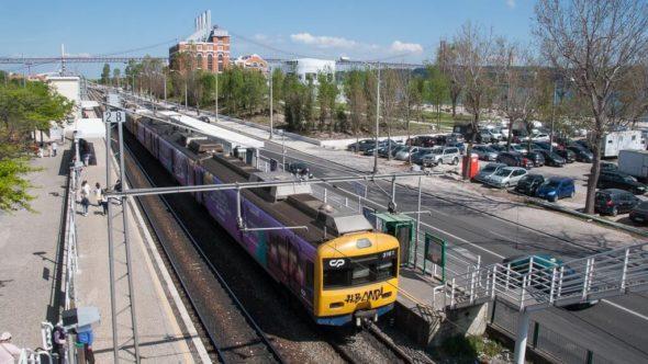 Zug von Lissabon nach Belém