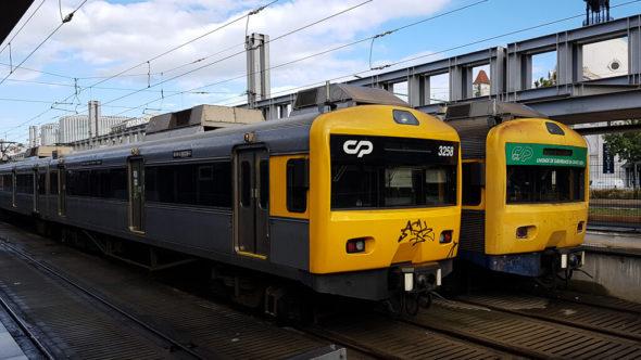 Zug von Lissabon nach Cascais