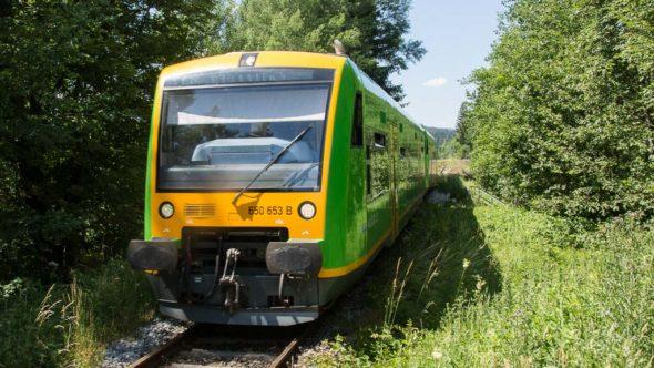 Bahnwandern mit der Waldbahn im Nationalpark Bayerischer Wald