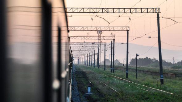 Morgenstimmung in der Ukraine kurz hinter dem Grenzbahnhof Chop
