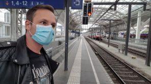 Mund-Nasen-Schutz auf Zugreisen
