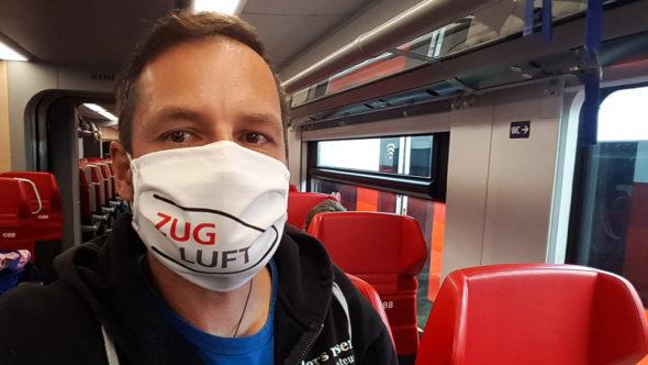 """""""Zug Luft"""" Maske als Mund-Nasen-Bedeckung"""