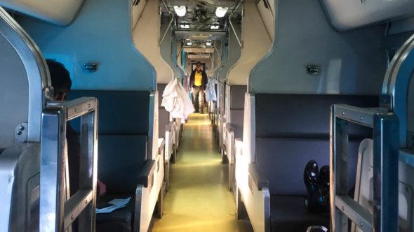 Nachtzug Thailand 2. Klasse Sitzwagen