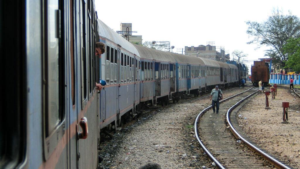 Mit dem Zug durch Kuba: Reisebericht und Video